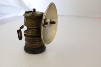 Carbide caving lamp (small)